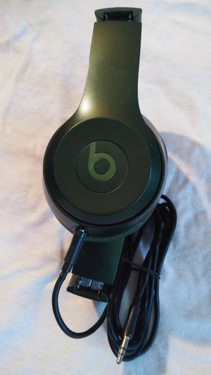 BEATS HEADPHONES WIRED GOOD SOUND for Sale in Valley Center, CA