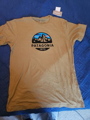 Patagonia t-shirt!! for Sale in San Diego, CA