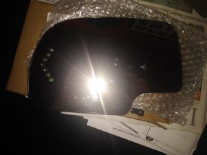 Driver side mirror heated power with turn signal for Sale in Washington, PA
