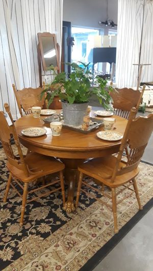 Oak dining table for Sale in Vancouver, WA