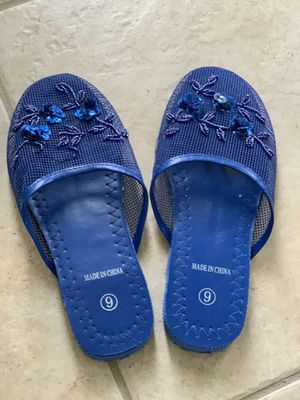 3 slippers for Sale in Kissimmee, FL