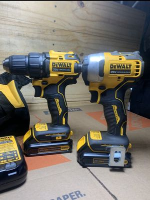 DEWALT ATOMIC 20-Volt MAX Lithium-Ion Brushless Cordless Compact Drill/Impact Combo Kit (2-Tool) 2 Batteries 1.3Ah and Charger! for Sale in Delano, CA