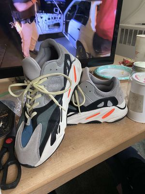 YEEZY for Sale in Hagerstown, MD