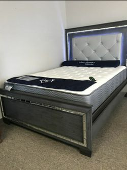 💦. BRAND NEW. 💦Perina Gray LED Panel Bedroom Set for Sale in Beltsville,  MD