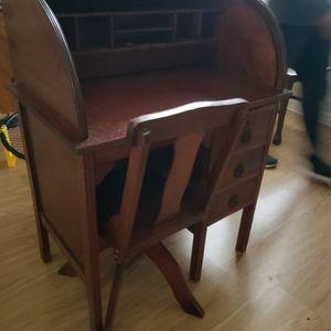 Child's Antique Rolltop Desk for Sale in Winter Springs, FL
