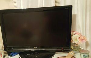 "FREE NOT WORKING LG HD FLAT SCREEN TV 37""x24"" for Sale in Norwalk, CA"
