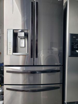 LG 4 DOORS REFRIGERATOR for Sale in Winter Park, FL