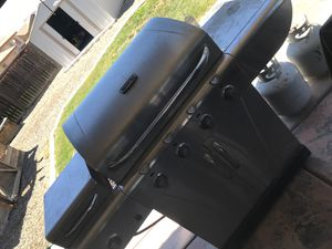 BBQ grill for Sale in San Jacinto, CA