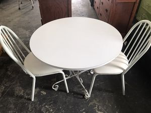 Small kitchen table 2 chairs for Sale in Hollywood, FL