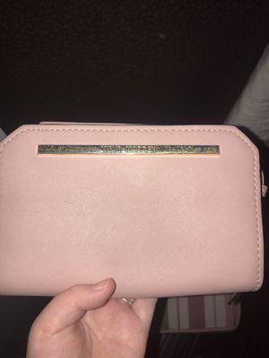 Steve Madden pink crossbody bag for Sale in Bangor, ME