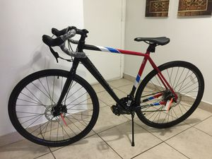 BIKE !!! BIKE !!! Road Bike 100% ALUMINUM for Sale in North Miami, FL