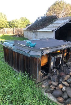 Hot tub for Sale in Suisun City, CA