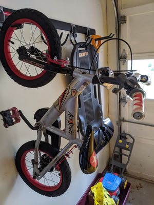 """14"""" Kids bike with training wheels for Sale in Wexford, PA"""