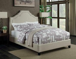BRAND NEW CASUAL KING SIZE BED IN OATMEAL FABRIC WITH NAIL HEAD TRIM for Sale in KNG OF PRUSSA, PA