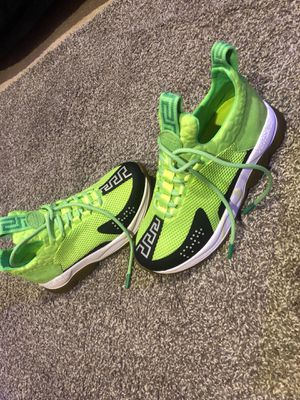versace cross chainer sneakers for Sale in Oxon Hill, MD