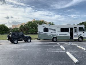 Coachman 2006 Mirador 30 for Sale in Miami Beach, FL