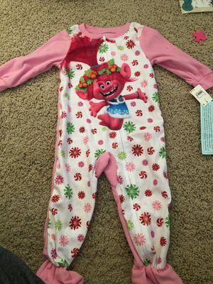 Brand new, Trolls 2T toddler girls fleece zip sleeper pajamas for Sale in Chino, CA