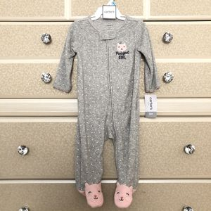 New Carters baby girl onesie for Sale in Huntington Park, CA