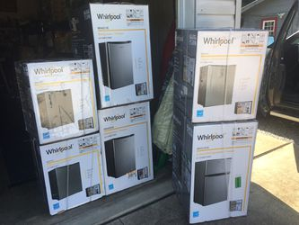 Whirlpool compact refrigerators for Sale in New Martinsville,  WV