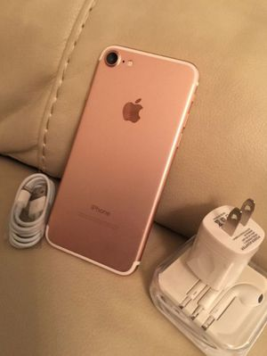 "iPhone 7 32GB ,,Factory UNLOCKED Excellent CONDITION ""aS liKE nEW"" for Sale in Springfield, VA"