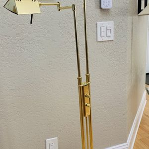 Vintage adjustable height brass floor lamp for Sale in Orange, CA