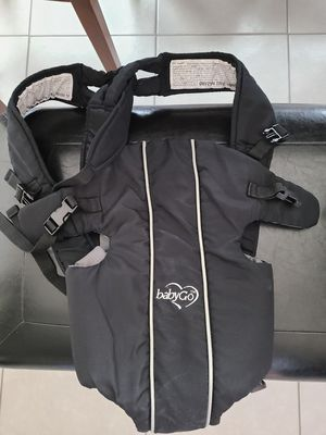BabyGo baby carrier for Sale in Arlington, TX
