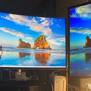 Samsung Monitor Ch711 32 IN Curved for Sale in Missouri City, TX