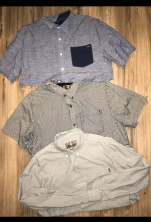 MENS MEDIUM BUTTON UP SHIRTS for Sale in Huntington Beach, CA