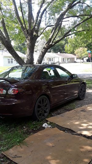 Great running 2006 Mazda 6 ice cold air heat leather seats heat works Bluetooth radio 5 grand for Sale in Madison, IL