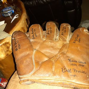 Vintage Ball Glove for Sale in Duboistown, PA