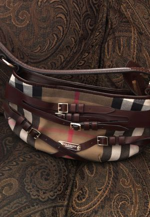 Burberry small buckle bag for Sale in Clifton, NJ