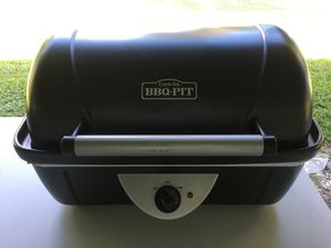 New Crock-Pot BBQ Pit Deluxe Slow Cooker for Sale in Pompano Beach, FL
