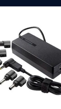 Insignia Universal 90w Charger for Sale in Yucaipa,  CA