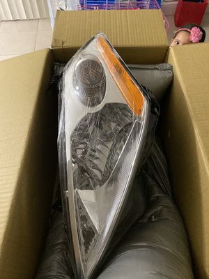 Nissan murano 2002-2007 front headlights both L+R for Sale in Orlando, FL