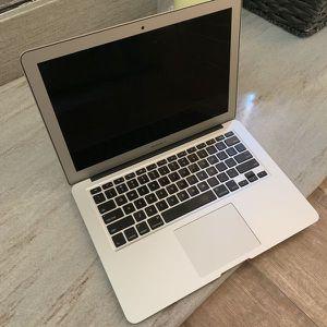 """2015 MacBook Air 13"""" 8GB Ram 128 SSD for Sale in West Covina, CA"""