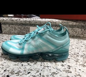 Nike air vapormax women shoes size 9.5🔥 for Sale in Cerritos, CA
