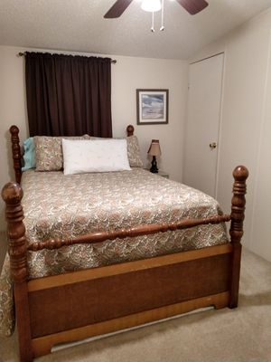 Full bed frame for Sale in Tallahassee, FL