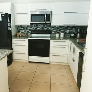 Only kitchen cabinets for Sale in Orlando, FL