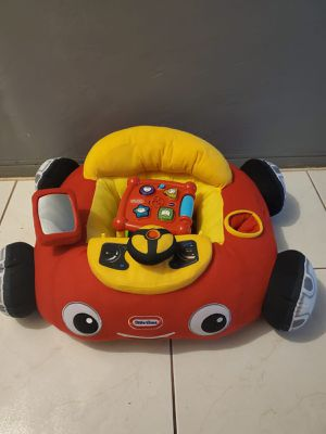 BABY CAR PILLOW SEAT AND A EDUCATIONAL CUBE TOY for Sale in Miami, FL