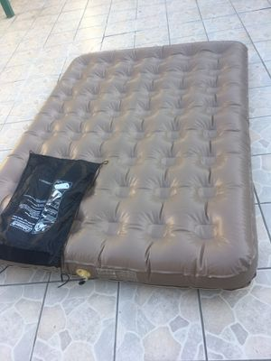Full size air bed for Sale in Los Angeles, CA