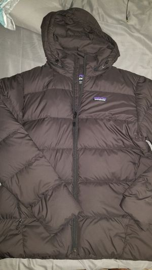 Patagonia dark grey down size medium for Sale in The Bronx, NY