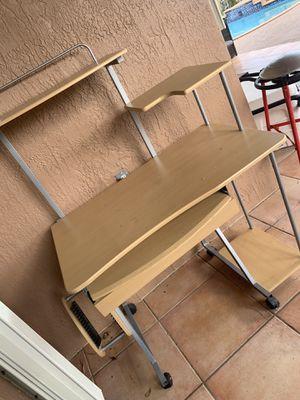 Student Desk for Sale in Miami, FL