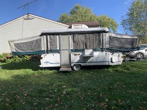 Coleman / bayside pop up camper for Sale in Wooster, OH