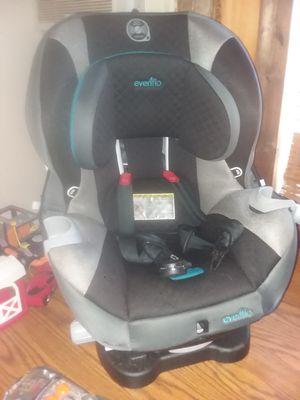 evenflo car seat for Sale in Calhoun, TN