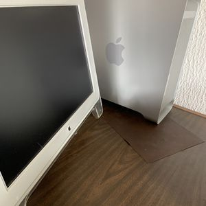 Powermac G5 with Original CinemaDisplay & Original Operating System for Sale in Aurora, CO