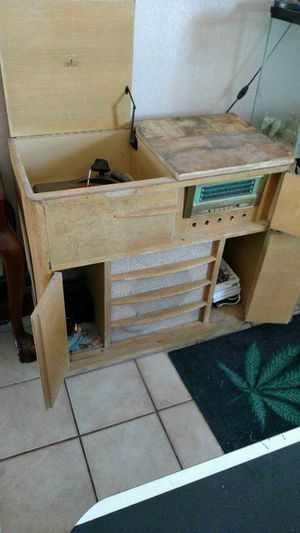 Antique radio/record cabinet for Sale in Parker, CO