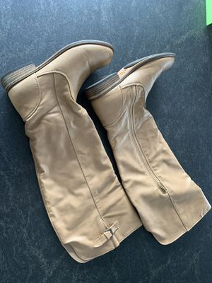 Urbanog boots, beige knee high boots, size 8/1.2 for Sale in Rutherford, NJ