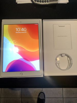 Apple Ipad BRAND NEW IN BOX 10.2 inch Silver for Sale in Fremont, CA