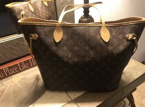 Authentic Louis Vuitton Neverfull MM for Sale in Phoenix, AZ