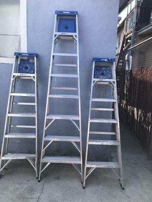 Tres escaleras de venta como se ven for Sale in Los Angeles, CA
